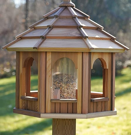 Wooden bird feeder shop and bird feeder products in Canada
