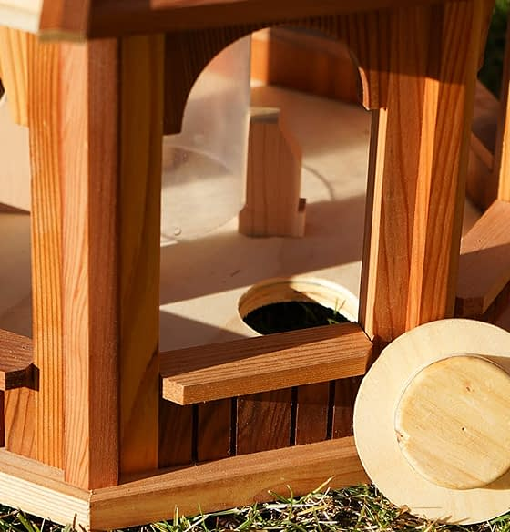 Top quality wooden bird feeder products in Canada